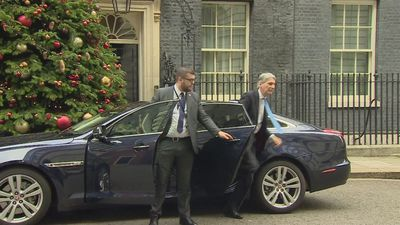 Chancellor Philip Hammond arrives at Downing Street
