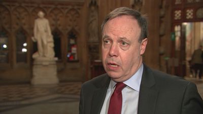Nigel Dodds: DUP will support PM in no-confidence motion