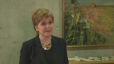 Nicola Sturgeon calls for second Brexit referendum