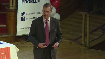 Nigel Farage urges Leavers to 'prepare' for Brexit betrayal