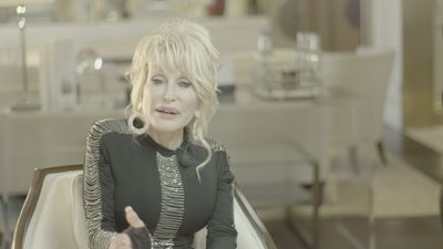 Country music legend Dolly Parton makes West End debut