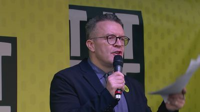 Tom Watson to PM: I'll back your deal if people have a vote