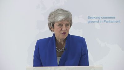 Theresa May promises MPs vote on second Brexit referendum