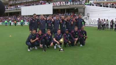 England cricket heroes lift trophy after World Cup victory