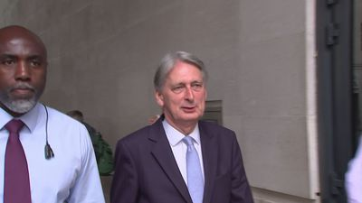 Philip Hammond avoids question on no-deal Brexit