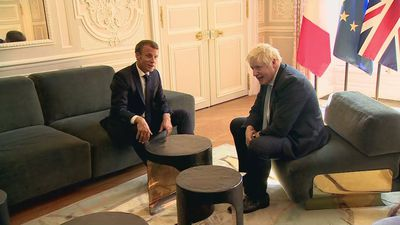 Boris Johnson meets French President Emmanuel Macron