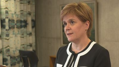 Nicola Sturgeon tells PM to end his 'illegal' prorogation