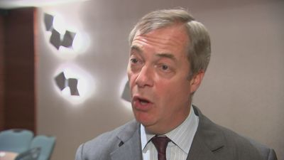 Nigel Farage proposes non-aggression pact with Tories