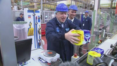 Boris Johnson visits Tetley factory