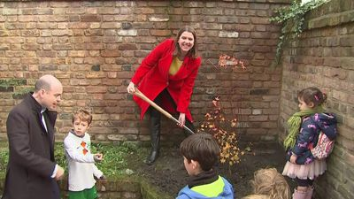 Swinson plants tree to dig into Tories over pledge clash