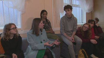 Swinson questioned by young people on mental health