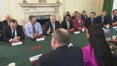 Prime minister chairs first meeting of his new Cabinet