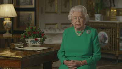 Queen addresses nation on coronavirus crisis