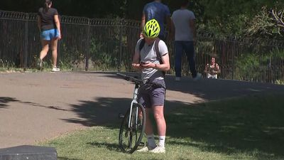 People head to local parks ahead of lockdown changes