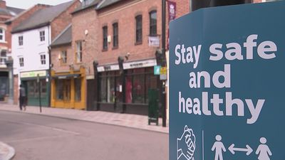 Leicester lockdown measures extended after Covid outbreak