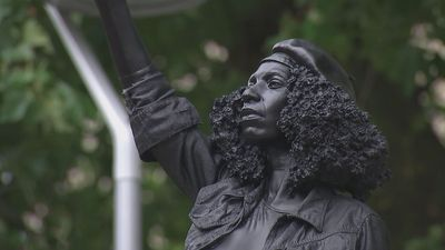 Statue of BLM protester appears on Colston plinth