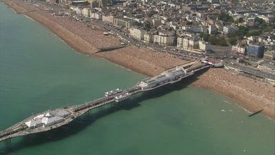 Council urges people to avoid Brighton on hottest day