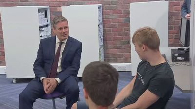 Starmer chats to A-level students in Darlington