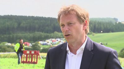 Shapps: Results of derailment 'difficult to look at'