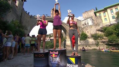 Iffland and Hunt seal Cliff Diving titles