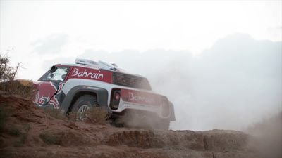 Legend Sainz helps launch 2020 Dakar Rally