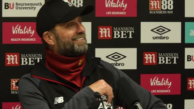 Klopp jokingly picks up journalist phone