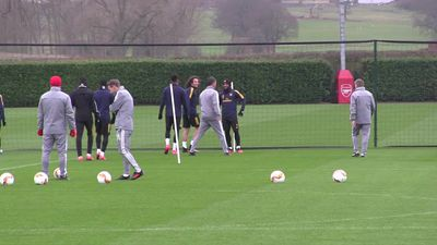 Arsenal training pre Olympiakos