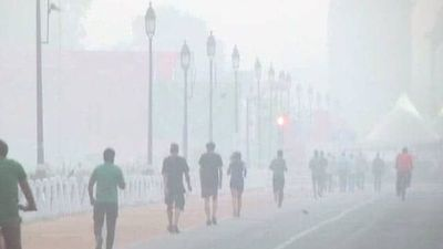 Marathoners Ready To Run Even As Delhi Battles Toxic Pollution