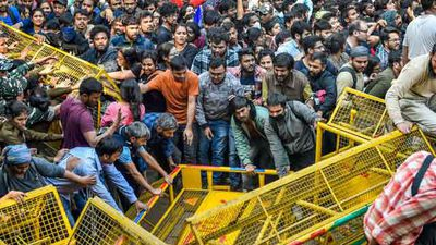 JNU Students March To Parliament, New Chief Justice And Other Top Stories