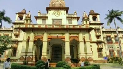 BHU Protests Over Muslim Professor Continues: Faculty Involved?