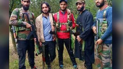 Davinder Singh, Adil Sheikh And Stolen Rifles: J&K Police's Big Question