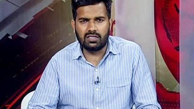NDTV's Saurabh Shukla Shares How A Delhi Mob Attacked NDTV Crew