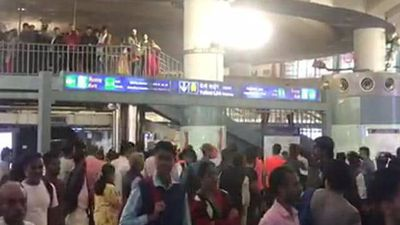 """Goli Maaro"" At Delhi's Busiest Metro Station In Rush Hour, 6 Detained"