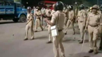 Migrant Workers Clash With Cops In Surat, Tear-Gassed, Over 90 Arrested