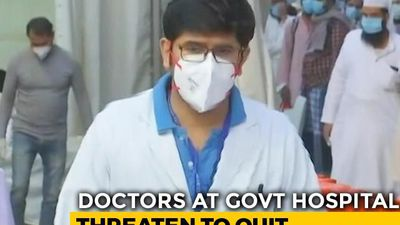 "Delhi Municipal Doctors Protest ""Faulty"" COVID-19 Protection, Get Warning"