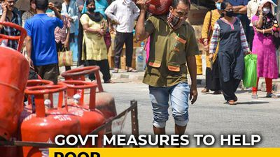 In Free Gas Cylinders For Poor During Coronavirus Lockdown, A Worrying Glitch