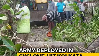 Army Helps In Kolkata But Protests Smoulder In Cyclone-Battered Bengal