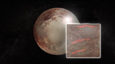 New study suggests Pluto started out with a liquid ocean