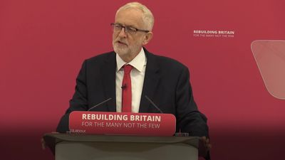 Jeremy Corbyn urges general election to solve Brexit 'crisis'