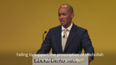 Chuka Umunna attacks Corbyn and Johnson in Liberal Democrat speech
