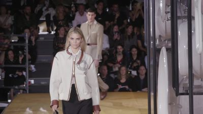Kendall Jenner makes surprise appearance at Burberry's London Fashion Week show
