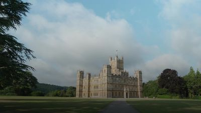Downton Abbey available for rent on Airbnb