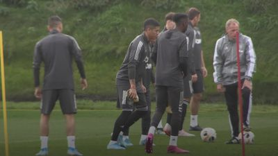 Solskjaer prepares to test youth in FC Astana clash
