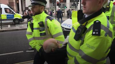 Rabbi arrested during Extinction Rebellion protest