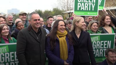 Greens promise 'most globally ambitious' deal to tackle climate emergency