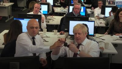 Boris Johnson gets on the phone to make a final push for votes