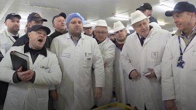 Boris Johnson visits Grimsby Fish Market