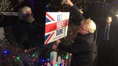 Boris Johnson hammers in sign on last day of campaigning