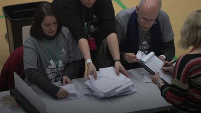 UK Election: Count begins in Jeremy Corbyn's constituency