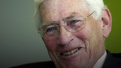 Former Stormont deputy first minister Seamus Mallon has died aged 83